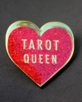 Tarot-queen-closeup-black-webres